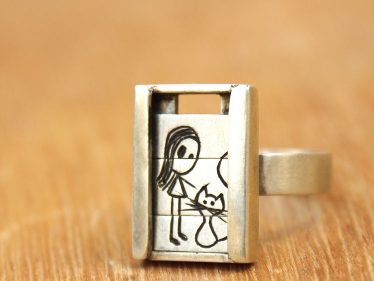 """DNI#25. Anillo nena con gatito de la colección """"deslizadores"""" realizado en plata 925 por Muriel Clemenceau."""