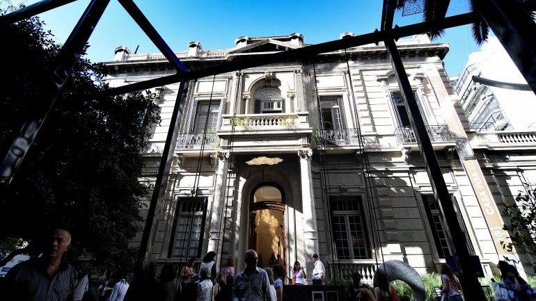 La fachada de la casona millonaria de CASA FOA 2015 - Crédito: Nicolás Stulberg